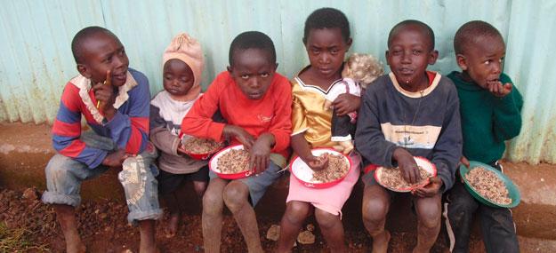 Hope Home - Kinder beim Essen