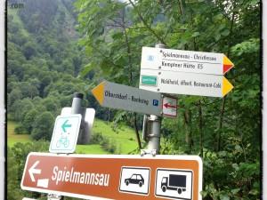 Oberstdorf 2012: Wegweiser zwischen Oberstdorf und Spielmannsau