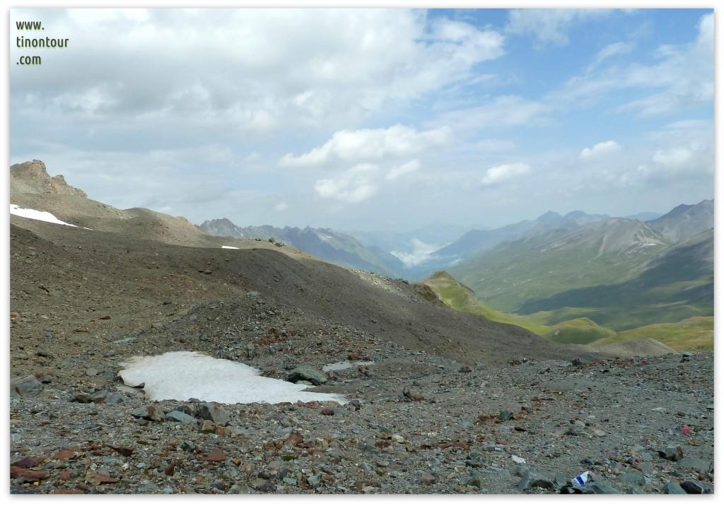 Schneefeld bei unserer von Hütte zu Hütte Tour