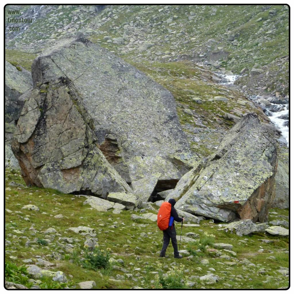 Kleine Steinchen auf dem Weg