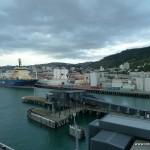 Vor der Abfahrt mit der Fähre - Hafen in Wellington