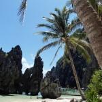 Strand, Palmen und klares Wasser
