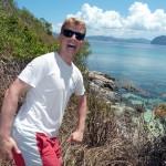Barfuß zum Aussichtspunkt oberhalb Snake Island ... Posing war hier aufgrund viel zu heißer Steine ohne Schuhe aber nicht möglich