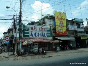 Typisches Bild der Elektrizität hier in Vietnam ... und das sieht noch gut aus