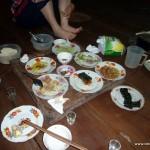 Abendessen in geselliger Runde - mit Familie und Guides