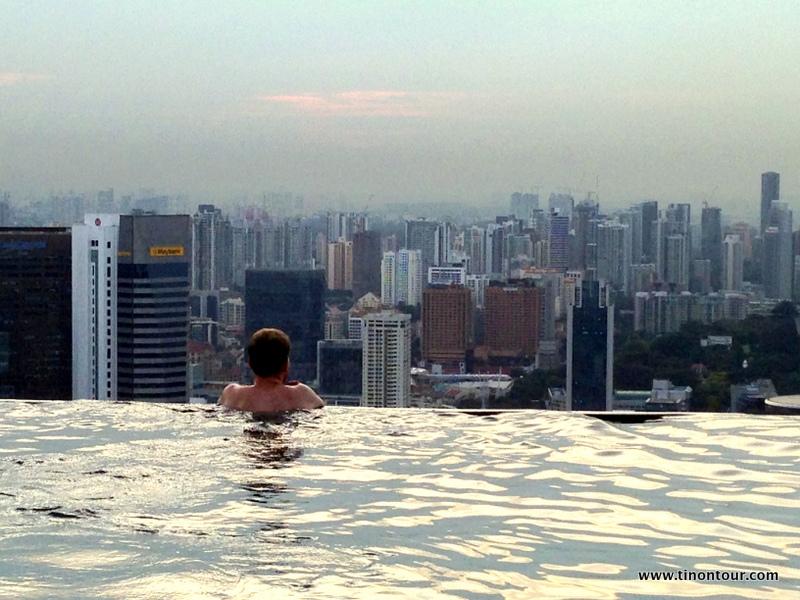 Ein Tag Luxus im Marina Bay Sands; Singapur (Infinity-Pool; Skydeck)