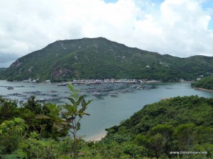 Während der Wanderung noch mal Rückblick auf das kleine Fischerdorf von dem aus wir gestartet sind.