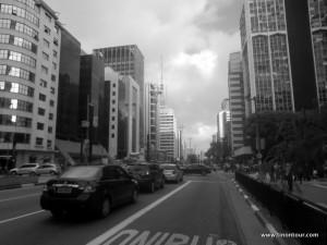 Paulista Avenue - eine der bekanntesten und belebtesten Straßen in Sao Paulo