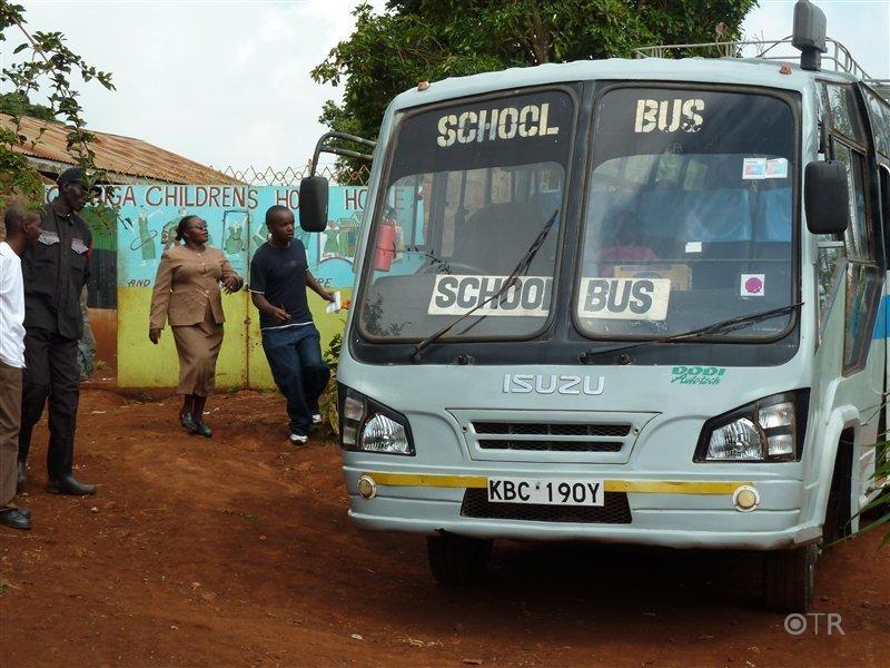 Das war er - der Schulbus, den wir uns für die Ausflüge ausleihen konnten.