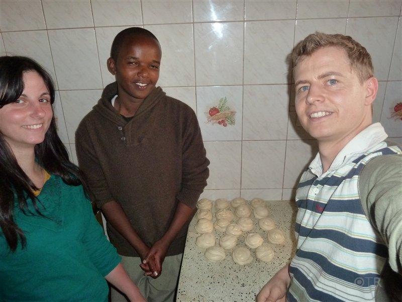 """Da sind wir - die stolzen Chapati """"Produzenten"""""""
