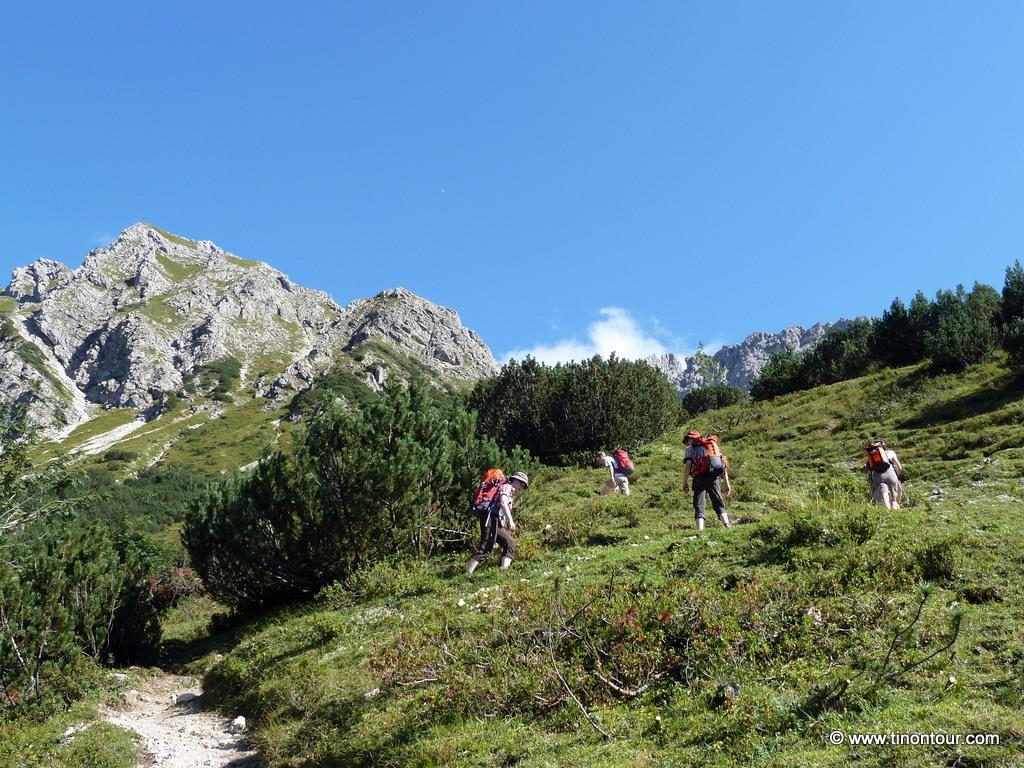 So schönes Wetter wie hier 2012 auf dem Krumbacher Höhenweg möchte ich bitte haben !