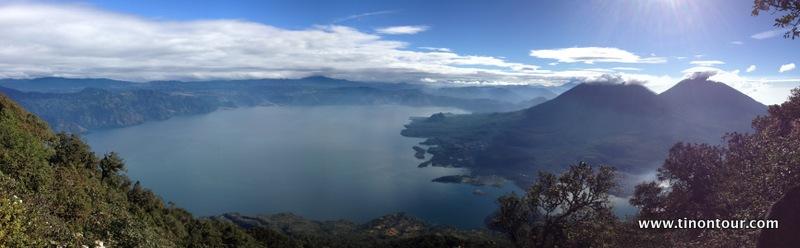 Geschafft - am Vulkan San Pedro oben angekommen ... was für eine geile Aussicht über den Lago Atitlan