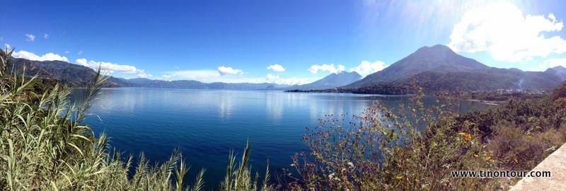 Muss man viel zu diesem Panorama sagen? Einfach herrlich dieser See ...