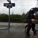 Der Grund spontan zu verreisen: Regen und grauer Himmel